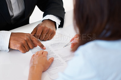 Signing business agreement
