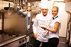 Chef directing trainee