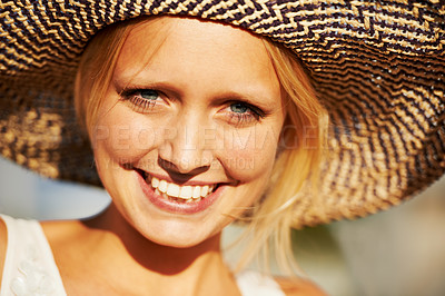 Buy stock photo Closeup portrait of a gorgeous young blonde woman wearing a straw hat