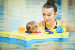It's perfectly safe for babies to start swimming from birth
