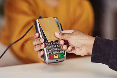 We offer a no contact card payment option